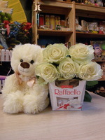 Bouquet of 5 White Roses, Chocolates Box &Teddy Bear