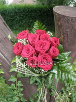 Bouquet of 11 red roses with greens