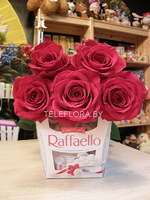 Bouquet of 5 Red Roses &Chocolates Box Raffaello