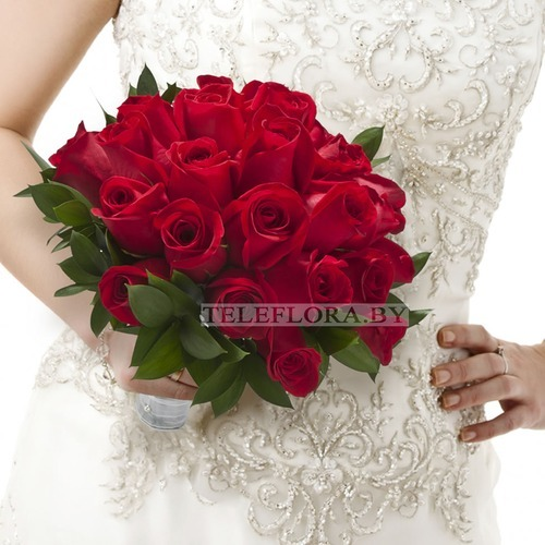 "Wedding bouquet of red roses ""Fiery"""